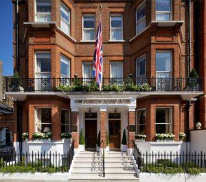 5 star Egerton House Hotel